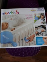 Munchkin Lulla Vibe vibrating pad in Ramstein, Germany