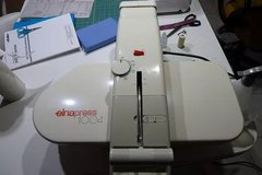 Elna Heat Press 1004 - For Ironing or Crafting in Alamogordo, New Mexico