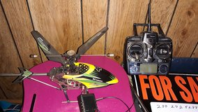 WL Toys Electric Helicopter W/ 4 Channel Remote and charger in Fort Knox, Kentucky