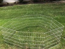 Foldable pet playpen in Chicago, Illinois