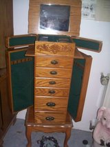 6Drawer Jewelry cabinett--reduced in Ramstein, Germany