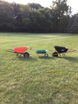 3 wheel barrows for any work in Naperville, Illinois