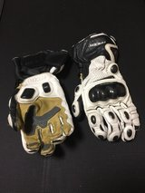 Racer 'High Racer' Motorcycle Gloves in Okinawa, Japan