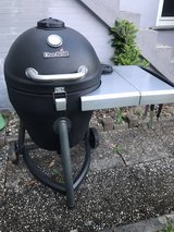 Char-Broil (Large) grill in Ramstein, Germany