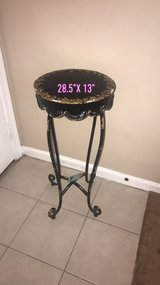 metal tall accent table new. in Joliet, Illinois