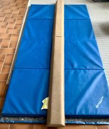 Gymnastics Tumbling Cheerleading 4 Panel Mat Multiple Colors and Beam in Wiesbaden, GE