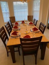 Less than 2 years Beautiful Dining Room Table with 6 Chairs in Camp Lejeune, North Carolina
