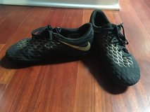 Soccer shoes - youth size 5.5 in Westmont, Illinois