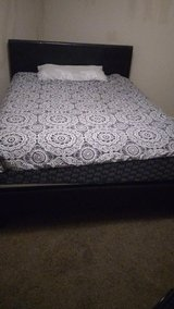 Queen size bed/and mattress in Beaufort, South Carolina