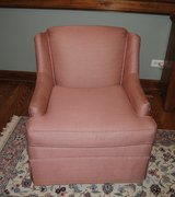 GREAT SHAPE AND VERY COMFORTABLE UPHOLSTERED CHAIR ON CASTERS in Naperville, Illinois