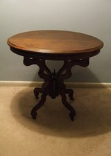 Antique Oval Accent Side Table / Victorian Style Ornate Finial Base in Glendale Heights, Illinois
