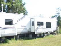 2006 RV-SALEM FOREST WOODS-35 FOOT-3 PULL OUTS-SET UP @172 BACKGATE AT BEAR CREEK CAMPGROUND in Camp Lejeune, North Carolina