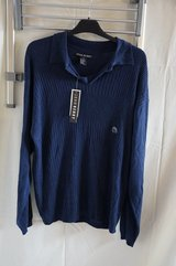 blue sweater NWT in Wiesbaden, GE