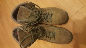 Belleville boots size 10.5w in Lakenheath, UK