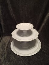 3 tier tray in Fort Campbell, Kentucky