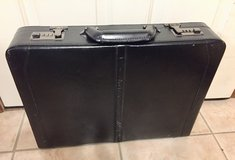 Black Solo Briefcase in Glendale Heights, Illinois