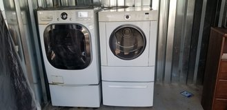Frigidare washer and dryer in Fort Campbell, Kentucky