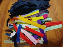 Lots of nylon zippers/180 pieces plus in Warner Robins, Georgia