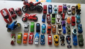 46 pcs Hot Wheels , Cars , Motorcycle, bikes Lot in Fort Campbell, Kentucky