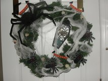 "HALLOWEEN HOLIDAY WREATH ""CREEPY SPIDERS AND WEBBING"" GLOW IN THE DARK EYES in Camp Lejeune, North Carolina"