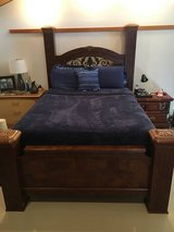 Bed frame Queen size in Okinawa, Japan