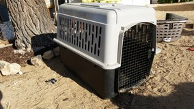 Large Pet/Dog Crate-Like New in 29 Palms, California