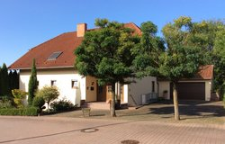Wonderful charming house with privacy+double garage in Wiesbaden, GE