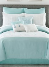 10 piece Queen Comforter Set in Okinawa, Japan
