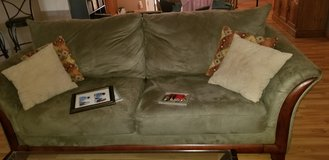 Sofa, 2 love seats, 2 end tables, coffee table and 2 lamps in Warner Robins, Georgia