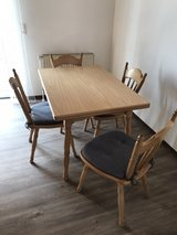 table with 4 chair very strong wood in Ramstein, Germany