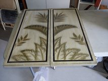 Tropical wood panels in Chicago, Illinois