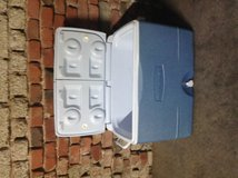 Rubbermaid Ice Chest w / wheels in Ramstein, Germany