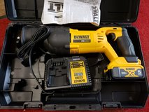 DEWALT RECIPROCATING SAW KIT 20V MAX in Cleveland, Texas