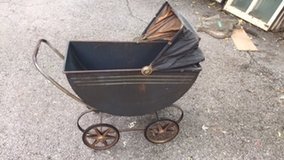 Antique Metal Baby Carriage in Bartlett, Illinois