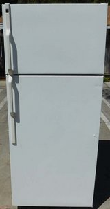 18 CU. FT. HOTPOINT REFRIGERATOR WITH ICE MAKER in Camp Pendleton, California