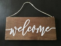 New wood welcome sign, cute in Chicago, Illinois