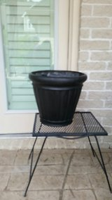 Black Planter 16inch in Kingwood, Texas