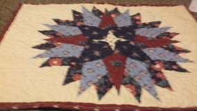 twin reverseible bedspread with sham in Alamogordo, New Mexico