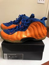 """Nike Air Foamposite One """"Knicks"""" Size 9 Basketball Shoes in Naperville, Illinois"""