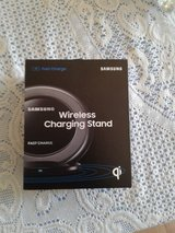 Samsung Wireless Charging Stand in Alamogordo, New Mexico