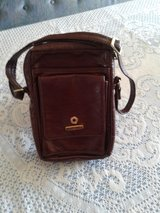 Burgundy Leather Bag in Alamogordo, New Mexico