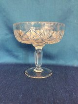 STUNNING!! Large Lead Crystal Cut Design Compote Wedding Bowl Centerpiece in Naperville, Illinois