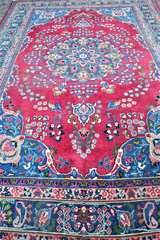 Beautiful High quality Persian oriental carpet hand knotted Rug 114 x 77  Inches in Ramstein, Germany