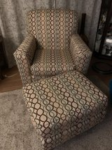 Chair w/ottoman in Fort Lewis, Washington