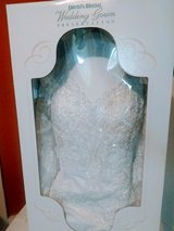 Stunning David's Bridal Wedding Dress Size 18 in Oak Harbor, WA