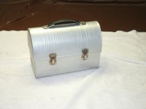 Aluminium Dome Lunch Box With Thermos in Orland Park, Illinois