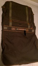 Beautiful Suite Bag – Folds Up in Kingwood, Texas