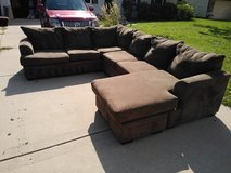 3 piece sectional in Aurora, Illinois