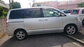 2006 Toyota Noah with AUX in Okinawa, Japan