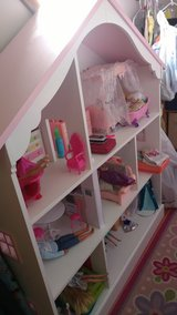 Pink House bookcase/DollHouse 3 shelf in Chicago, Illinois